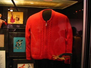 mr-rogers-sweater-smithsonian-640x480[1]