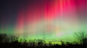 aurora-borealis-wallpaper[1]