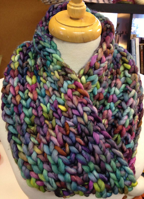 Knitted Scarf Patterns For Bulky Yarn : bulky knitting On the Needles