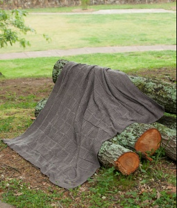 Uptown_DK_Mtn_Ridge_Knits_Wooded_Trail_Throw_Ravelry_medium2[1]